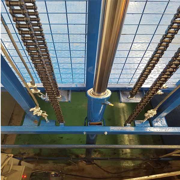 电动链条升降货梯